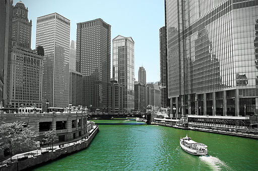 512px-Chicago_River_(4854192144)